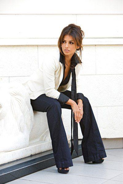 b4313c0622 Mónica Cruz so pretttttty!