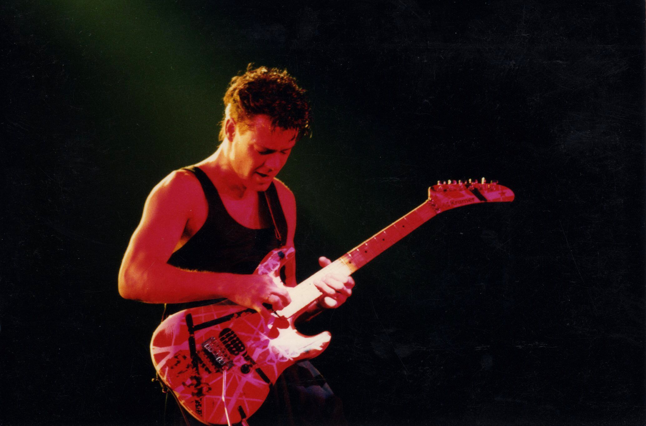 Eddie Van Halen At San Francisco 1986 Last Show Of The 5150 Tour Note Short Hair Van Halen Eddie Van Halen Van Halen 5150