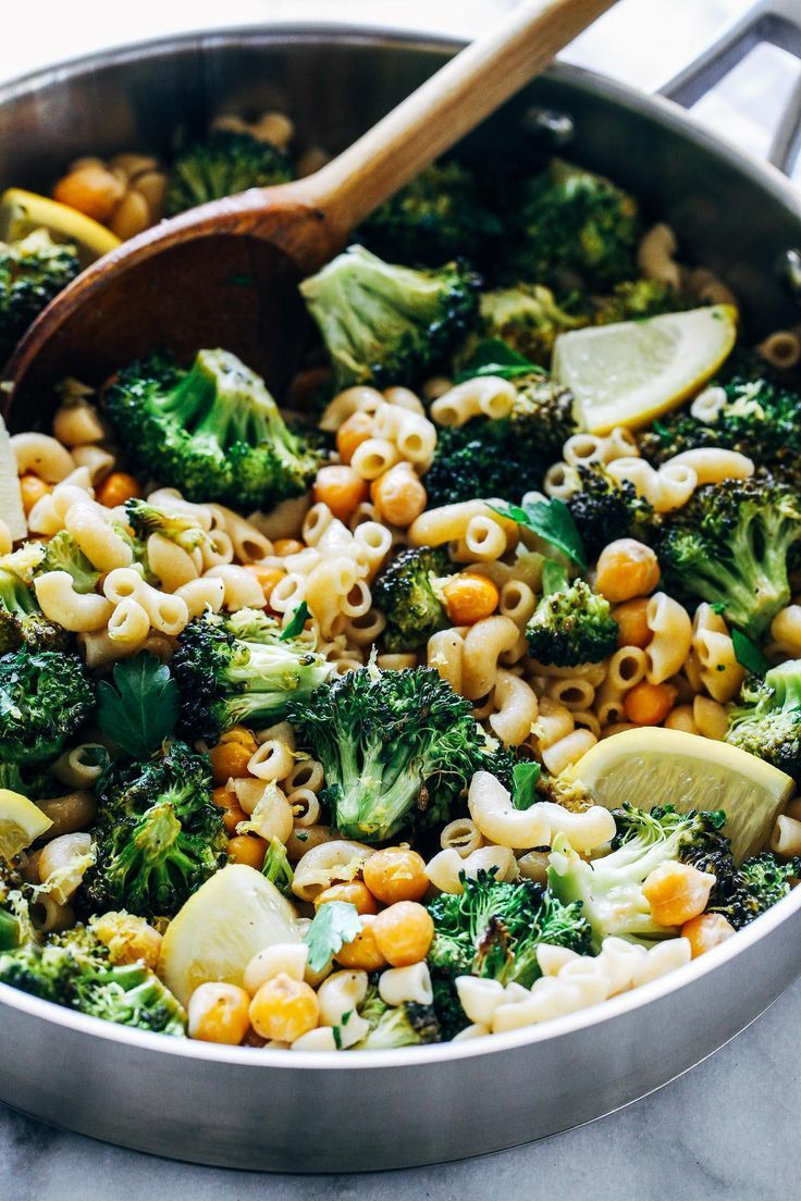 Roasted Broccoli And Chickpea Lemon Pasta