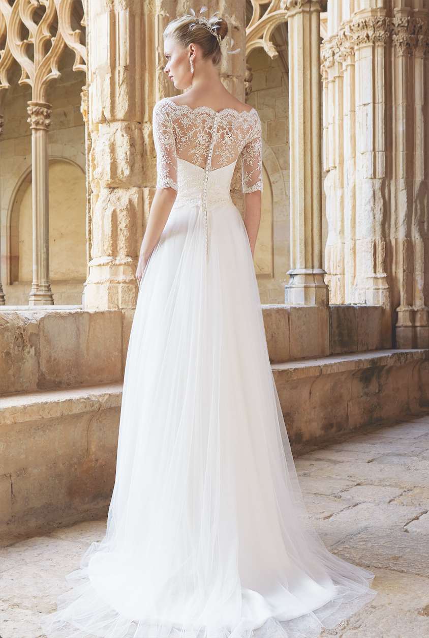 Espalda del vestido de novia de la colección raimon bundó
