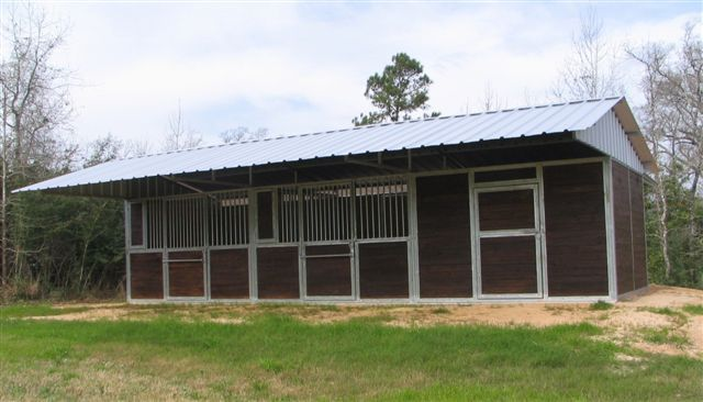 M Bar R Ranch Featuring Lonestar Barns Barn Stalls Barn Kits Horse Barns