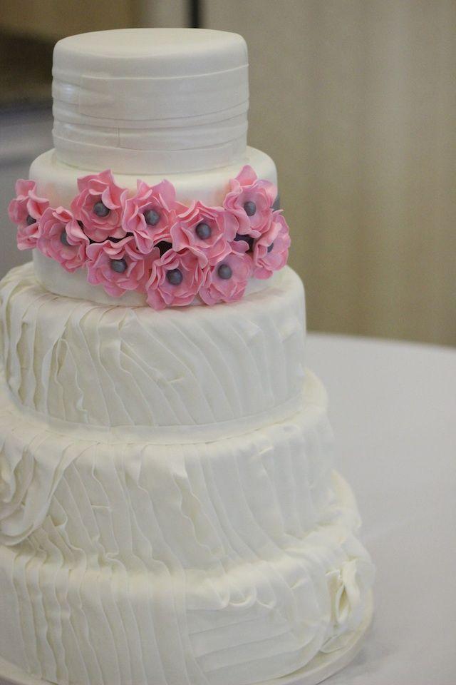 Beautiful Wedding Cake As Seen On Food Network Nashvillewedding Weddingcaks