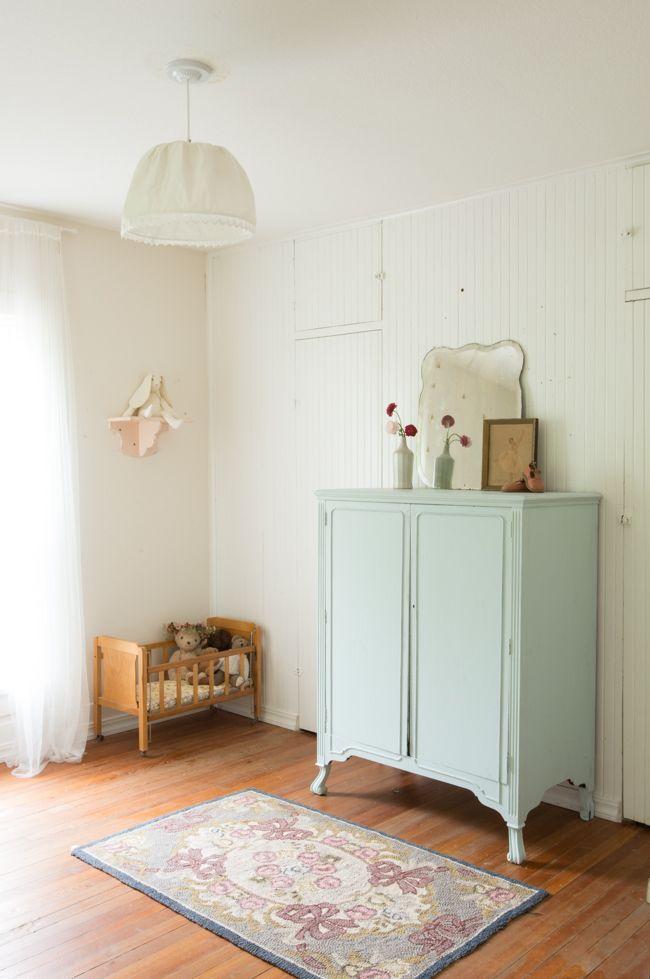 Une chambre d\'enfant avec des meubles vintage | chambre enfant ...