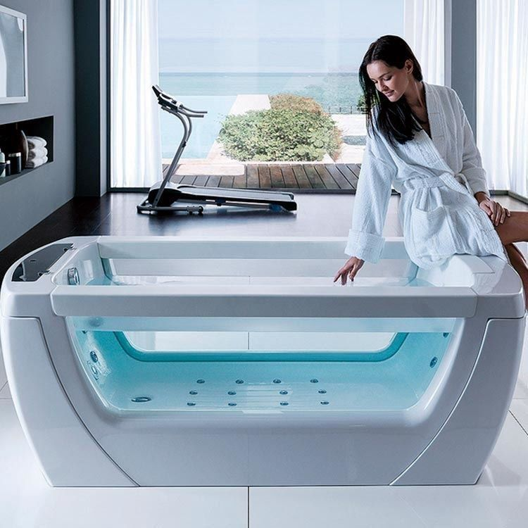Bath tub with whirlpool Vision by Gruppo Treesse. Equipped with a ...
