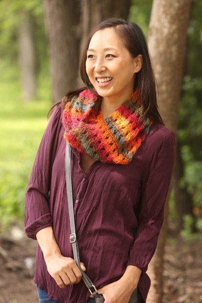 Using beautiful yarn that changes the color for you, you can have this soft and cabled scarf finished to wear on the next wonder-fall day in no time!