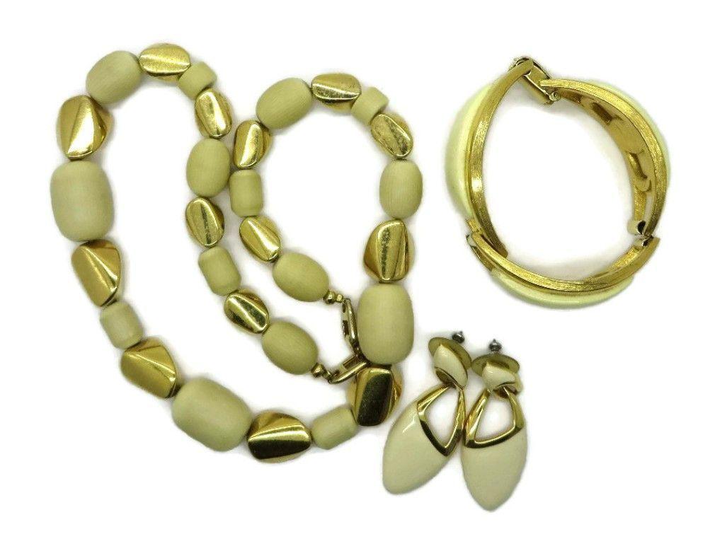 Napier parure necklace bracelet earrings set vintage products