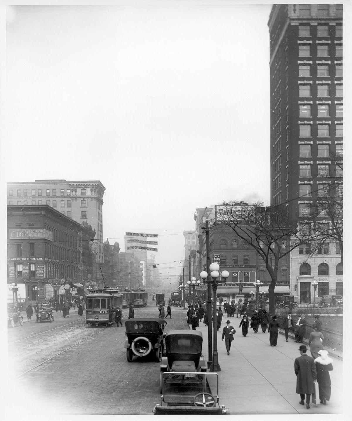 Columbus Ohio 1914 Looking North Toward Broad And High Downtown Columbus Ohio City Of Columbus Ohio History