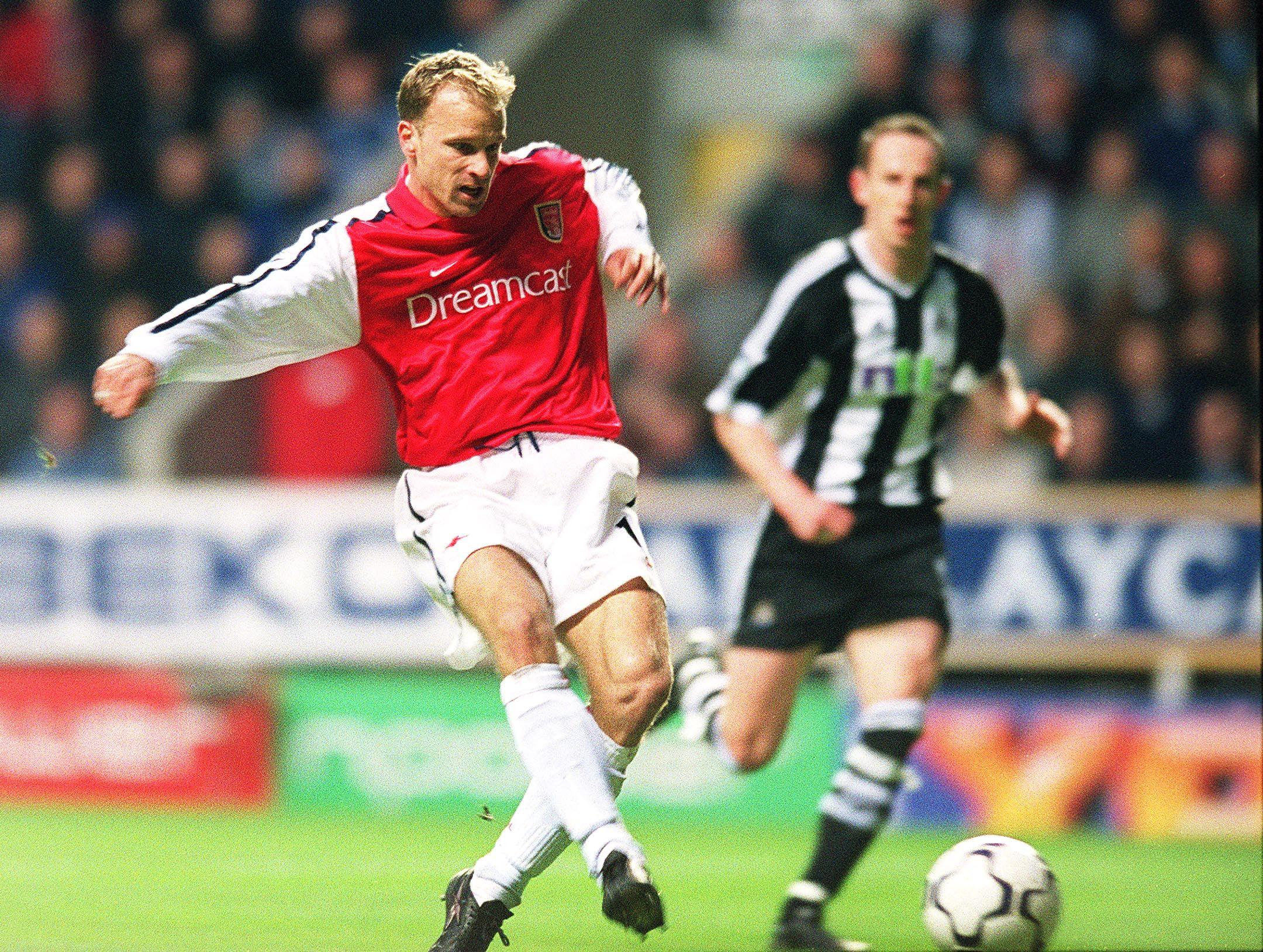 Forward Dennis Bergkamp
