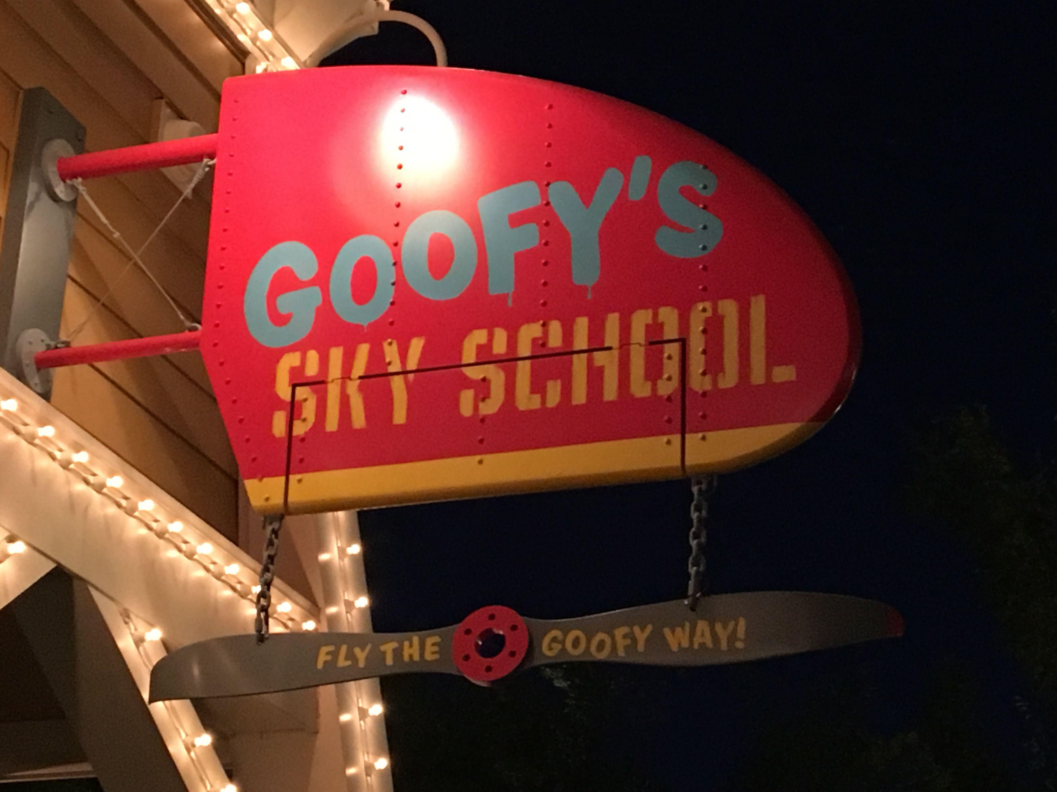 Goofy' Sky School