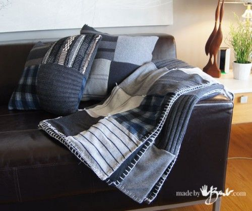 upcycled-sweater-quilt7 http://www.madebybarb.com/2016/04/01/up-cycled-sweater-quilt/