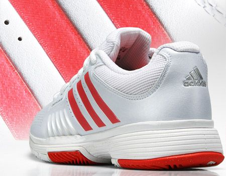 Looking for a comfortable, durable shoe? Check out the adidas Barricade 7.0 Women's Shoe Review. Plus it features a 6-month durability guarantee! $119.95