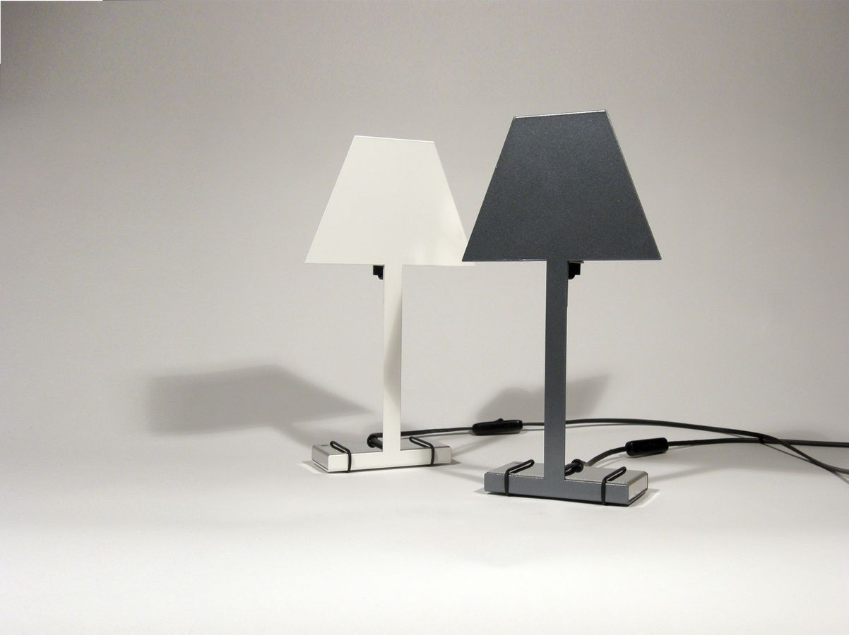 Design Metal Table Lamp 2d By Fabio Marchi Caoscreo E Un Brand Terenzi Srl Metal Table Lamps Online Architecture Design