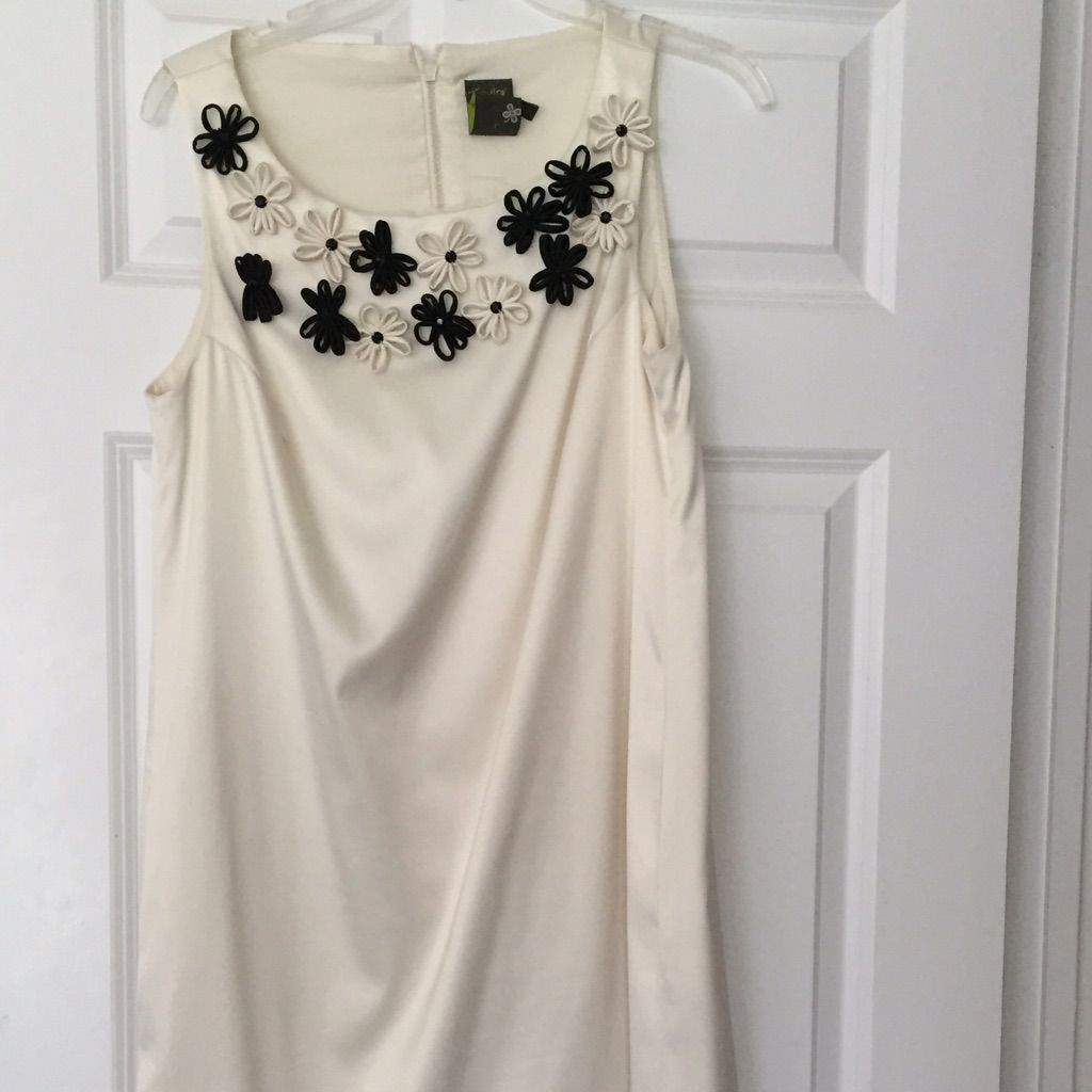 Off White Dress With Black Flower Detail Products