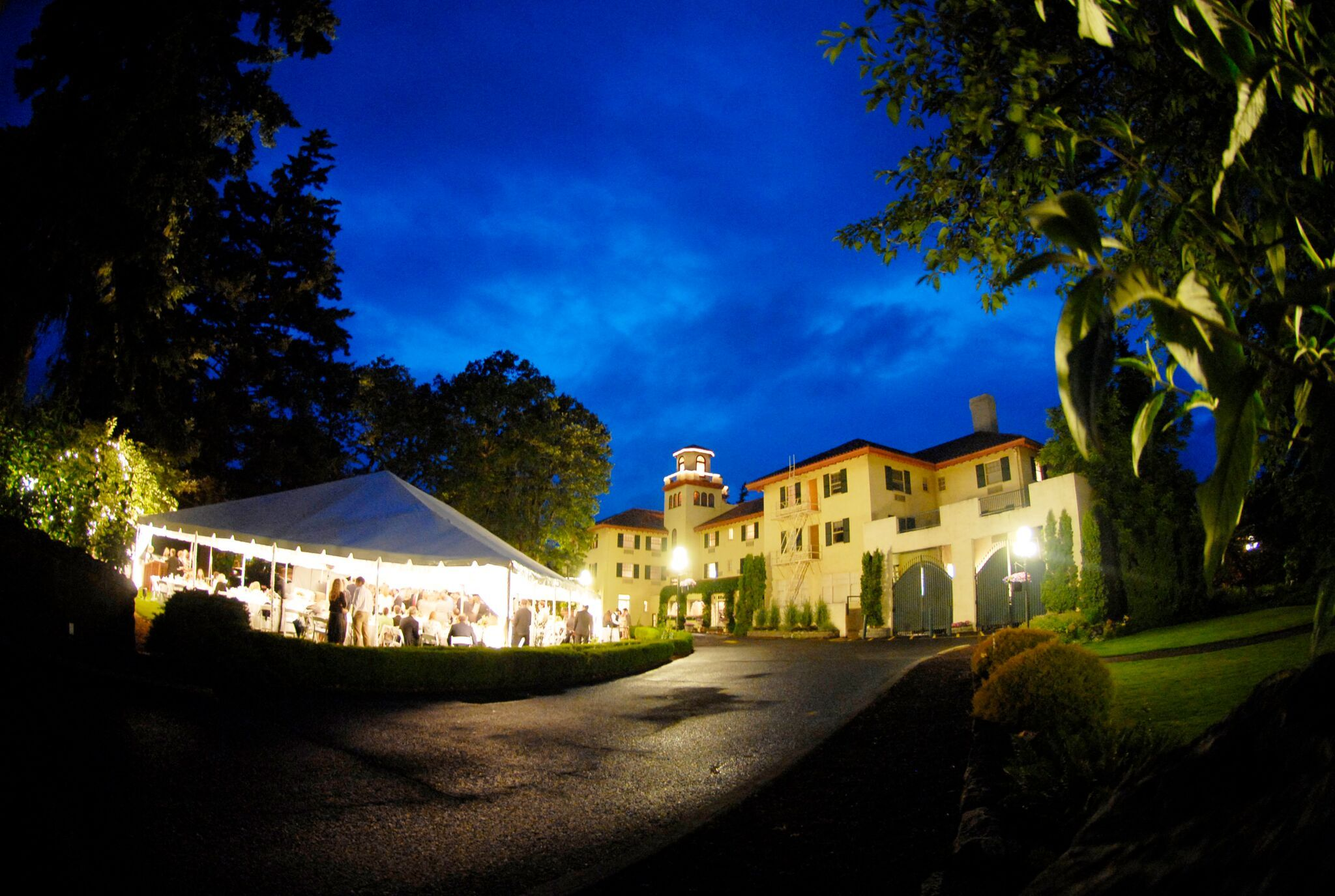 A stunning tent wedding on the front lawn at the columbia