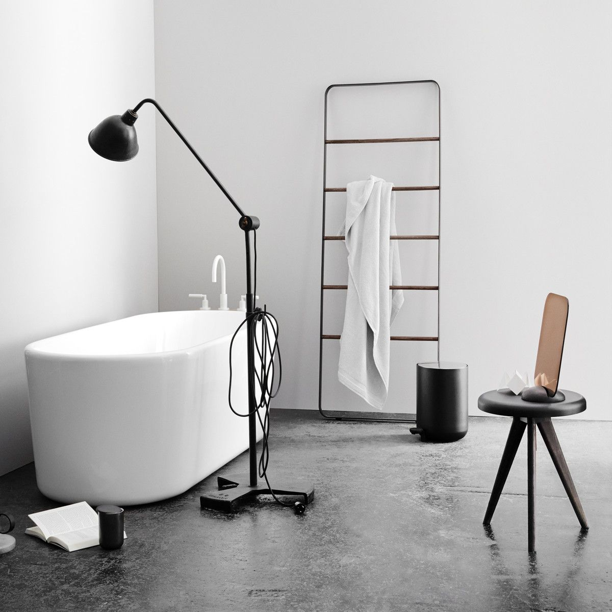 Menu Bath Treteimer 4 L Weiss Badezimmer Gestalten Badezimmer Accessoires Handtuchleiter