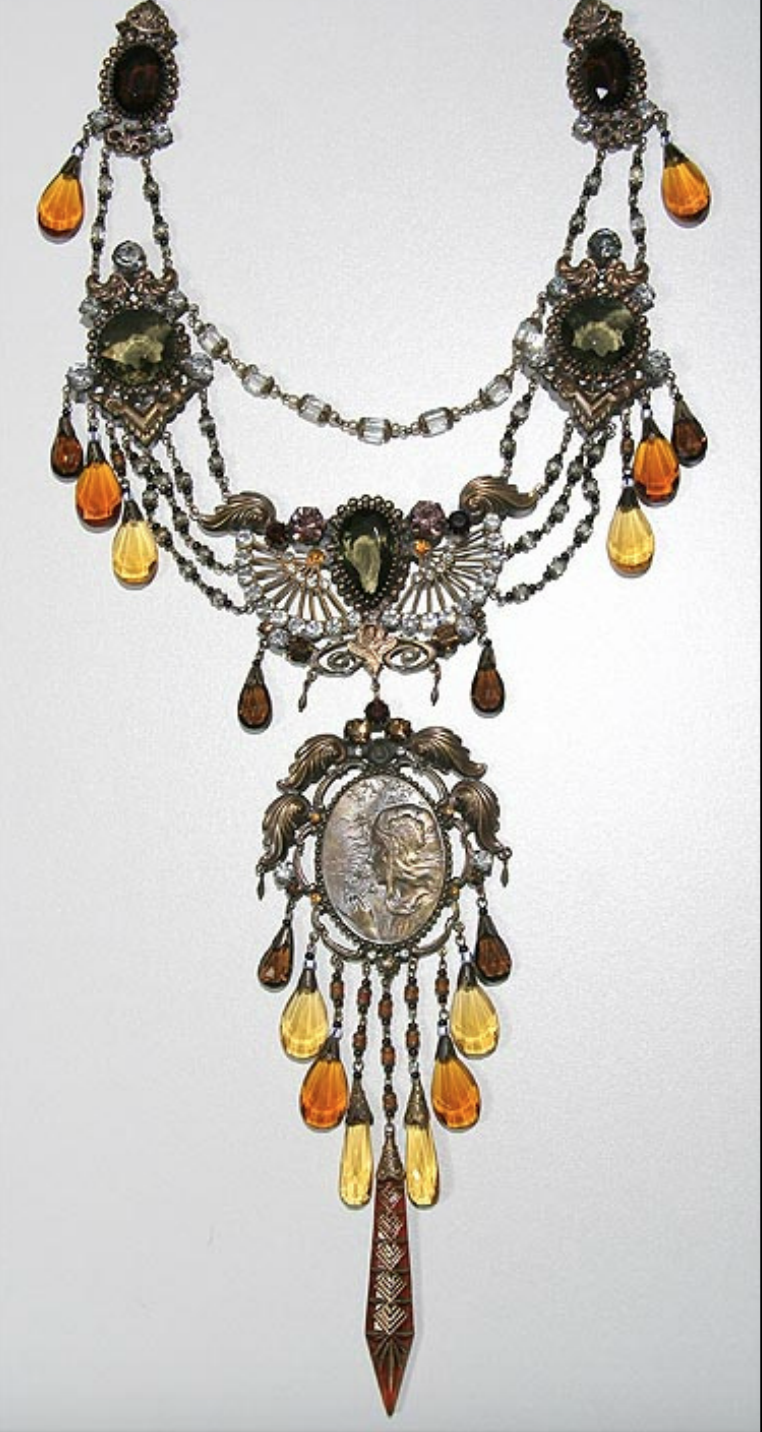 Photo of Czech necklace by Susan Street of Vintage Jewelry Supplies