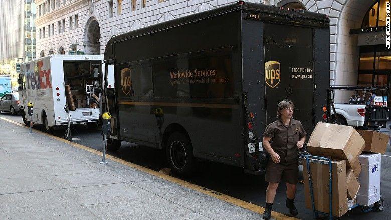 Ho ho ho! UPS, FedEx soar on holiday shopping hopes Stock news - fedex jobs
