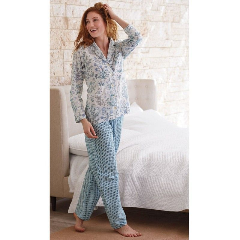 e5f3d536ffbd Printed Cotton Voile Sleepwear   Robe - We adore the mix-and-match  sophistication of these breezy women s pajamas. Sewn of lightweight cotton  voile