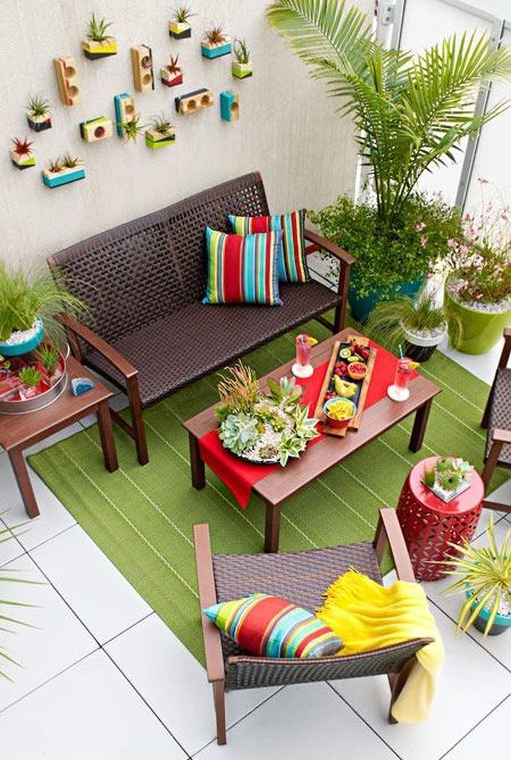 50 Best Apartment Patio Decor Ideas Apartment Patio Decor Small Patio Ideas Townhouse Small Patio Design