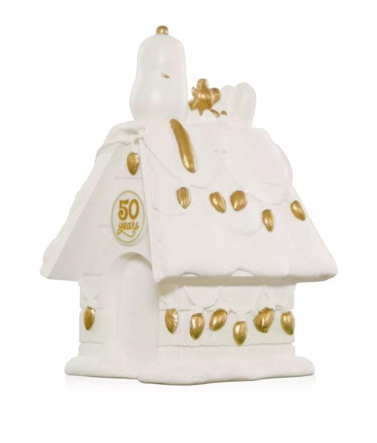 50th Anniversary Doghouse 2017 Hallmark Peanuts Ornament Snoopy Woodstock Gold