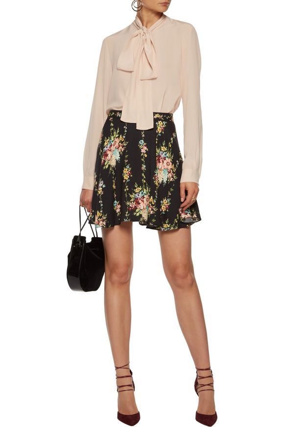 ALICE + OLIVIA Blaise floral-print crepe mini skirt   Clothes to Buy    Pinterest   Alice olivia