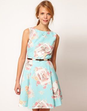 d9a49572990a Oasis Dress In Floral Postcard Print RRP HKD$ 1,075.76 HKD$ 753.03 FREE  SHIPPING WORLDWIDE » Casual dress by Oasis - Made from a lightweight cotton  ...