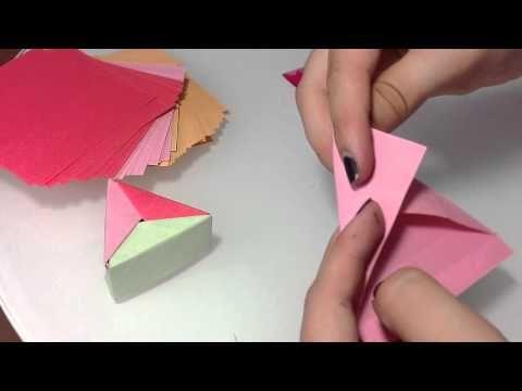 dreieckige origami box selber machen papier box anleitung youtube goodies pinterest. Black Bedroom Furniture Sets. Home Design Ideas