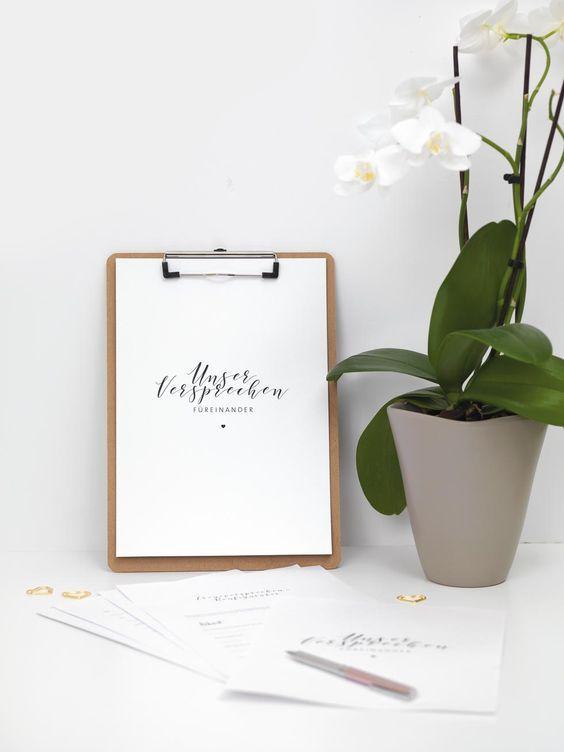Fehlen euch noch die Worte für euer persönliches Eheversprechen? Dann hilft euch unser Eheversprechen-Konfigurator. https://www.weddingstyle.de/treueversprechen/?utm_campaign=coschedule&utm_source=pinterest&utm_medium=weddingstyle&utm_content=Eheversprechen-Konfigurator