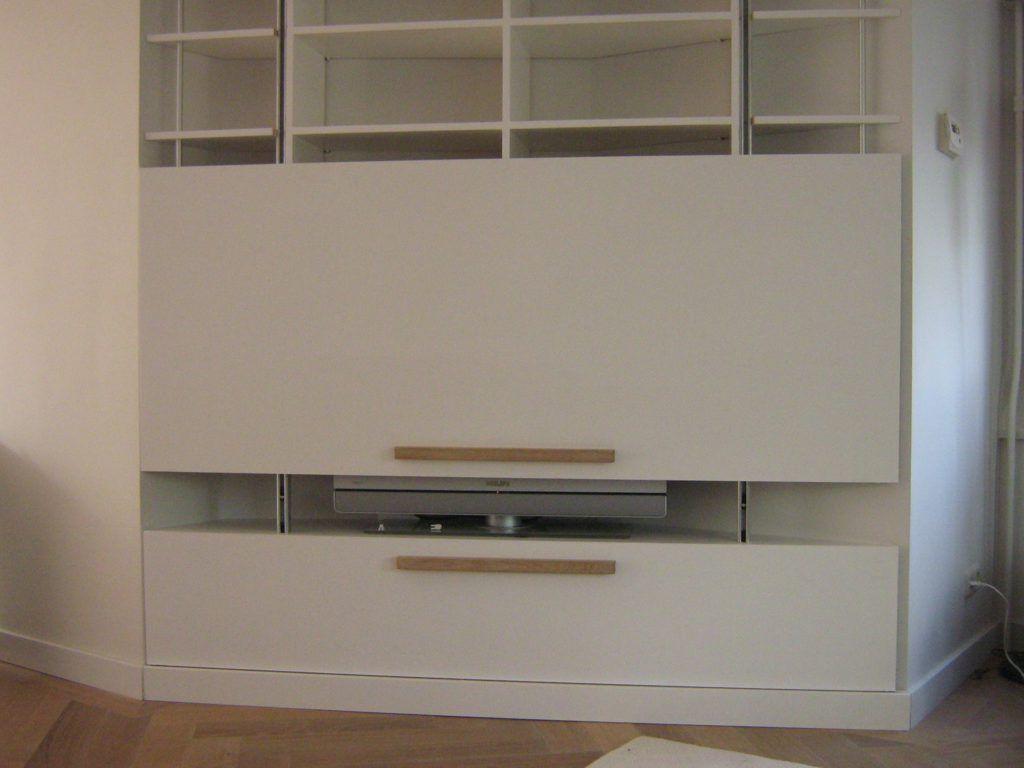 Tv kast met verticale schuifdeur maatwerk kasten in home