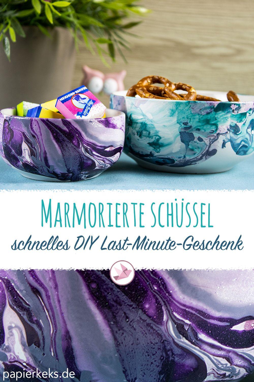 Schnelles DIY Last-Minute-Geschenk: marmorierte Schüssel