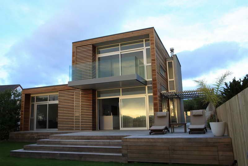 famous contemporary architecture with hardwood floors arquitectura