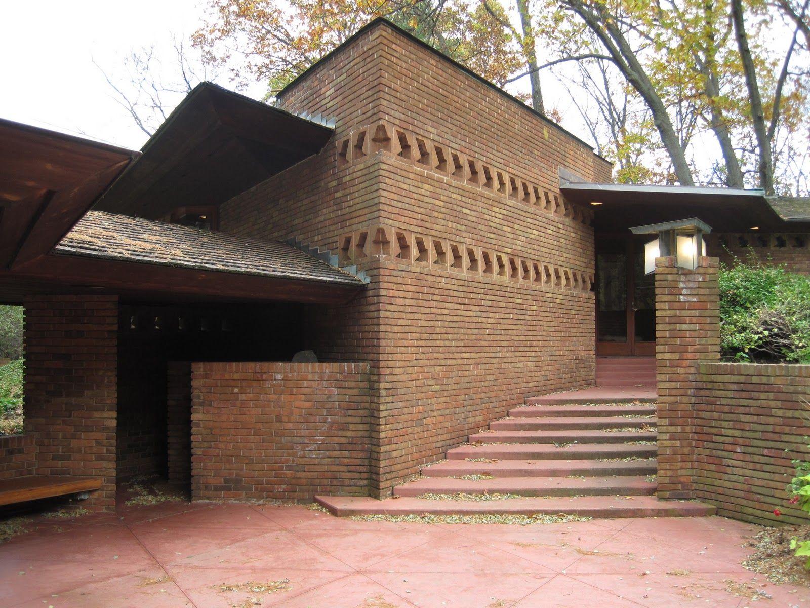 William and Mary Palmer House. Ann Arbor, Michigan. Usonian. Frank Lloyd Wright