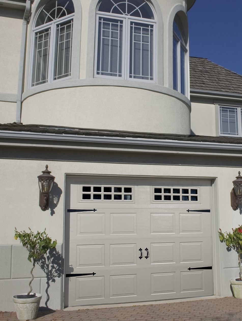 Raynor Innovations Carriage House Garage Door With Decorative