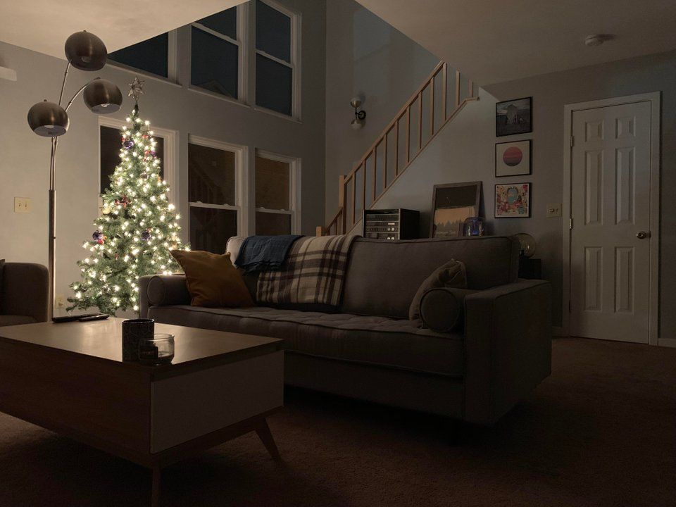Happy Holidays From Cincinnati Malelivingspace With Images Tiny House Plans Home Man Room