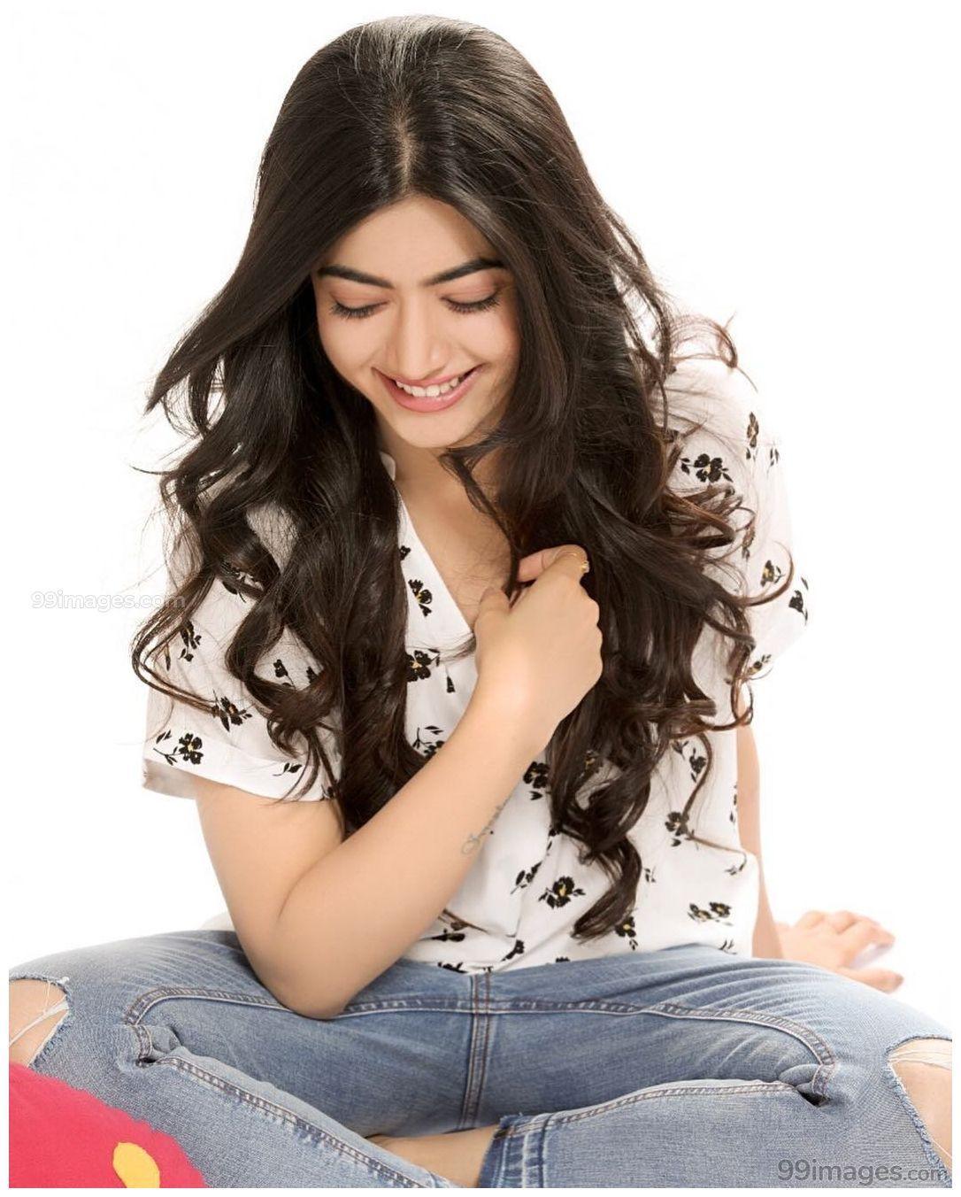Rashmika Mandanna Beautiful Hd Photos Mobile Wallpapers Hd Android Iphone 1080p 28873 Rashmi Stylish Girl Images Beauty Girl Beautiful Indian Actress