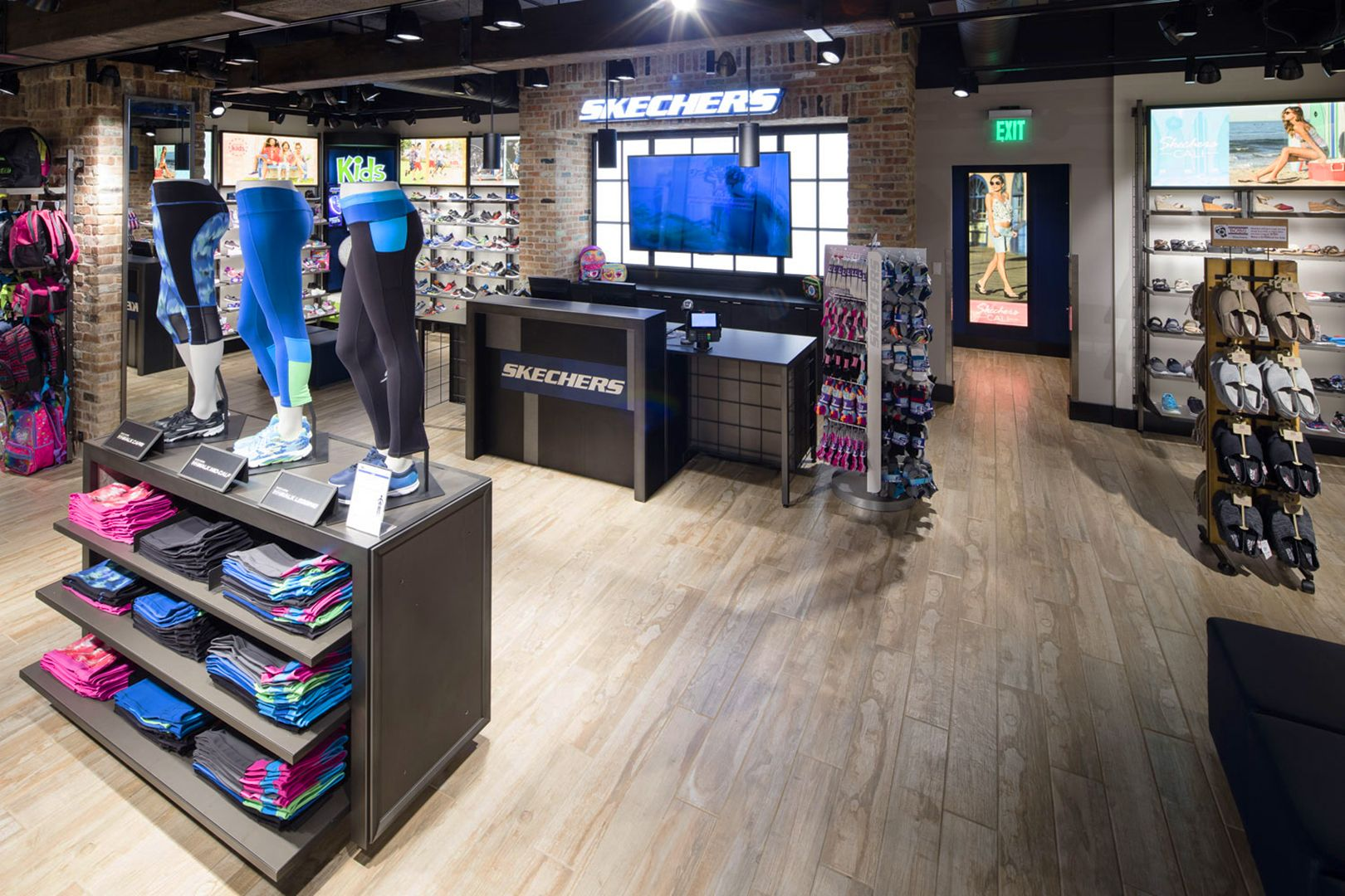 Skechers Athletic Apparel Fixtures (With images