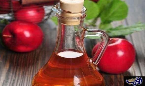 علاج الصداع بخل التفاح طريقة طبيعية ومفيده: نصاب أحيانا كثيرة بالصداع ونبحث عن أفضل الطرق في علاج الصداع يمكنك استخدام خل التفاح لعلاج…