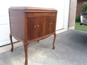 Antique Victrola St. Catharines Furniture For
