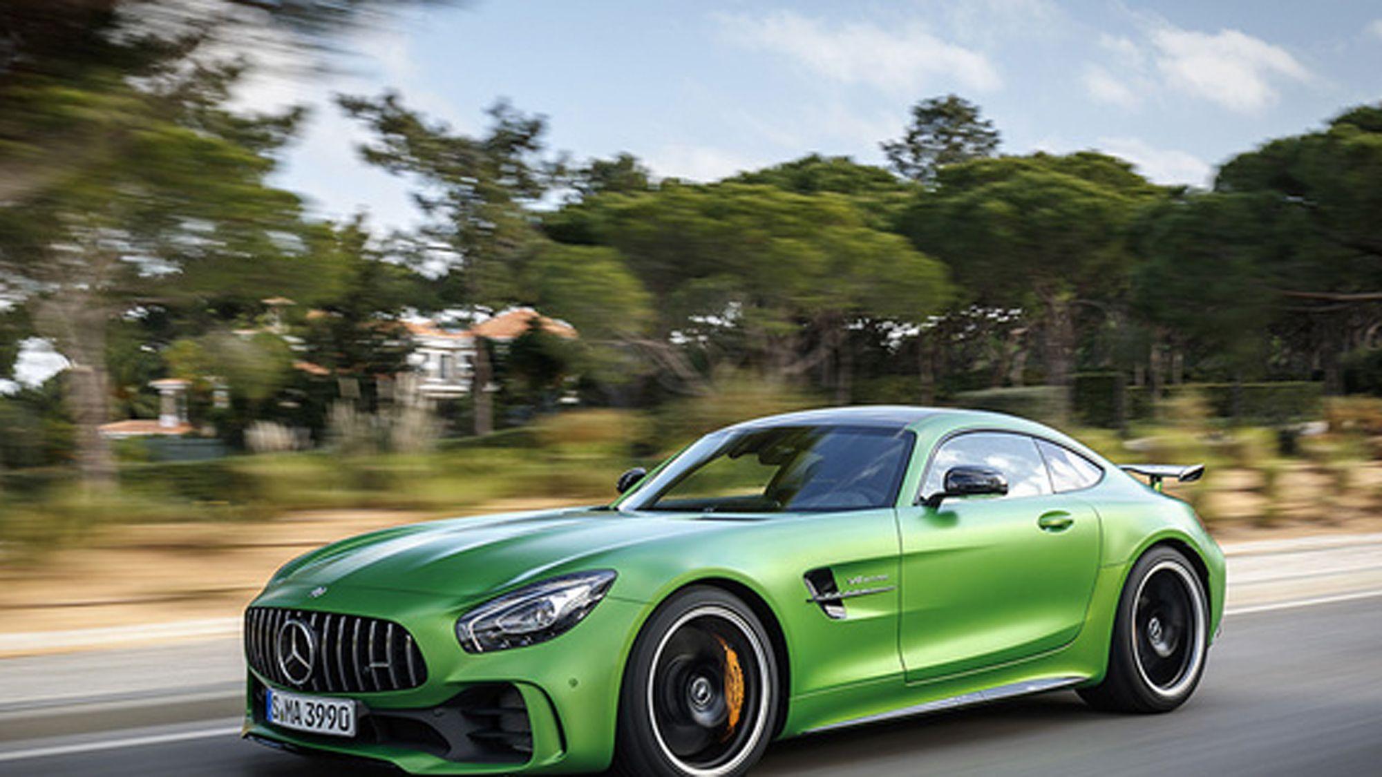 Mercedes-Benz se impone con potencia El Mercedes-Benz AMG GT R rompe récords Fuente... http://sientemendoza.com/2017/02/26/mercedes-benz-se-impone-con-potencia/