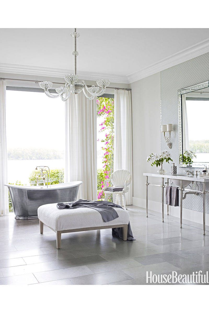 10 Ultra-Glamorous Bathrooms | Glamorous bathroom, Master bathrooms ...