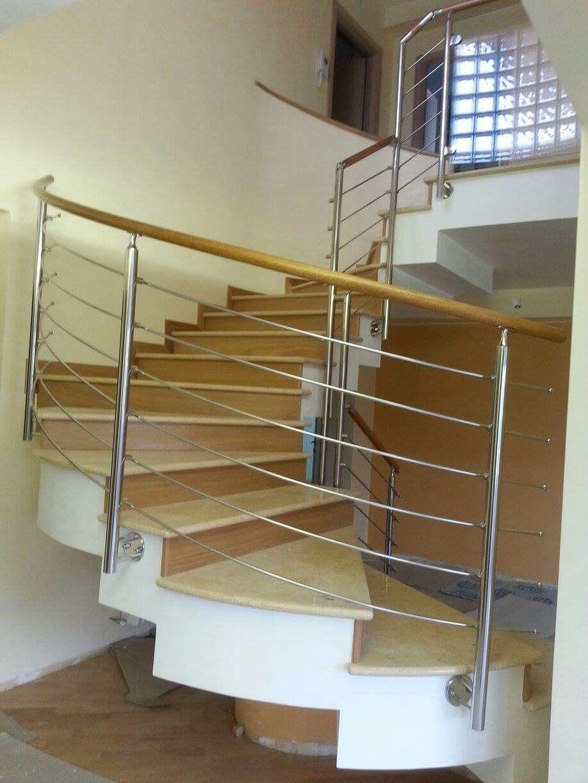 Ringhiera scala interna - acciaio inox e legno www.rinox.it Idee scale interne  Rinox - Arredi ...
