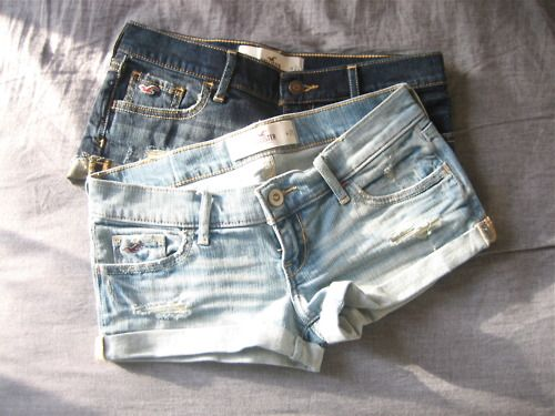 Hollister jean shorts <3