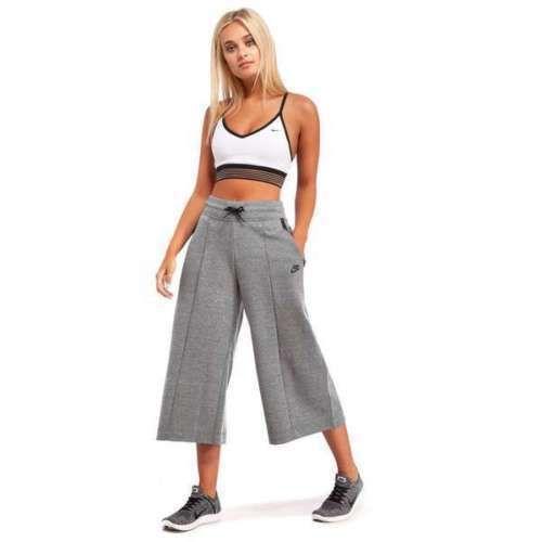 nike fleece 3/4 pants