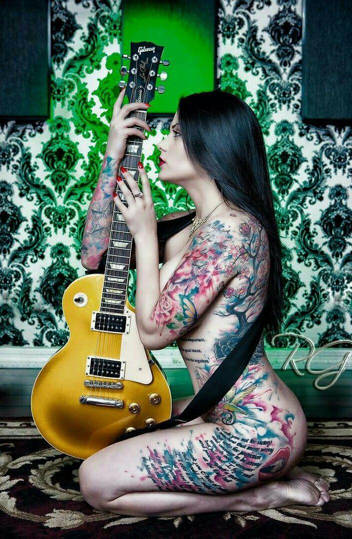 Epingle Par N Omi325 Sur N Pinterest Guitares Guitare