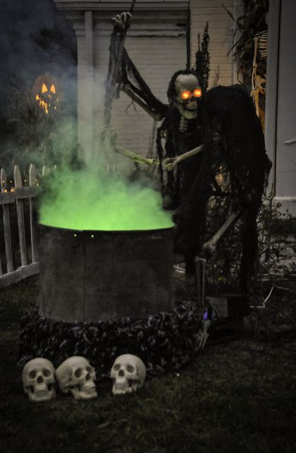 Cauldron Creep Pumpkinrot Com What S Brewing Creepy Halloween Decorations Halloween Outdoor Decorations Scary Halloween Decorations