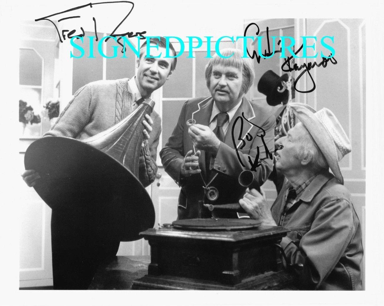 Captain Kangaroo Bob Keeshan And Mr Fred Rogers Autographed 8x10 Rp Photo Captain Kangaroo Fred Rogers Mr Rogers