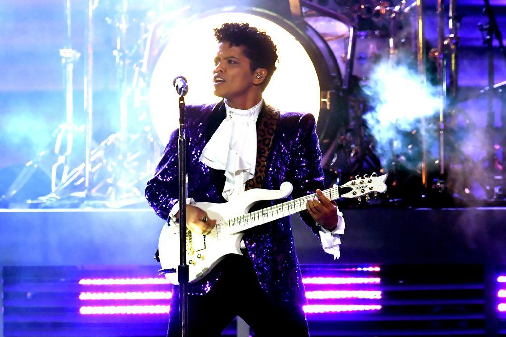 Bruno Mars rocks purple sequined suit for Prince tribute at Grammys