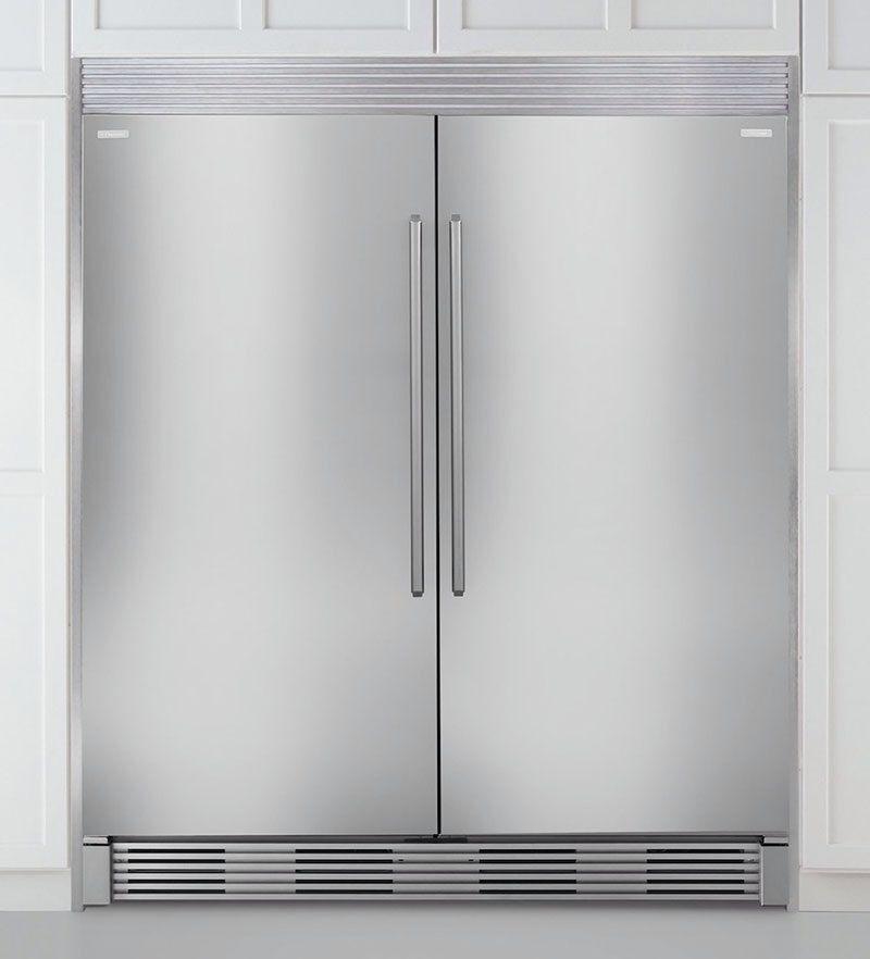 electrolux full size side by side fridge and freezer so. Black Bedroom Furniture Sets. Home Design Ideas