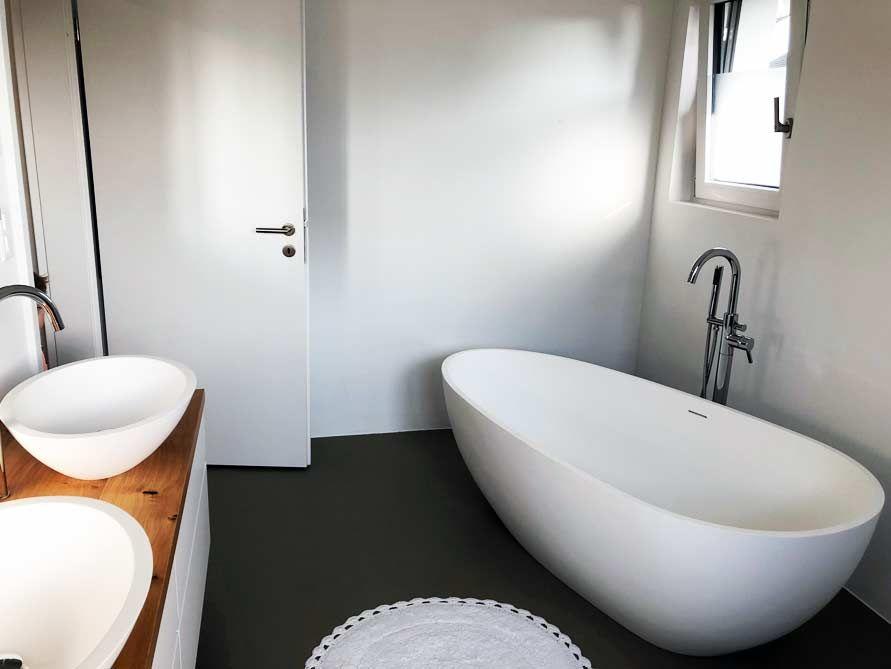 Freistehende Badewanne Luino aus Mineralguss - Weiß matt ...