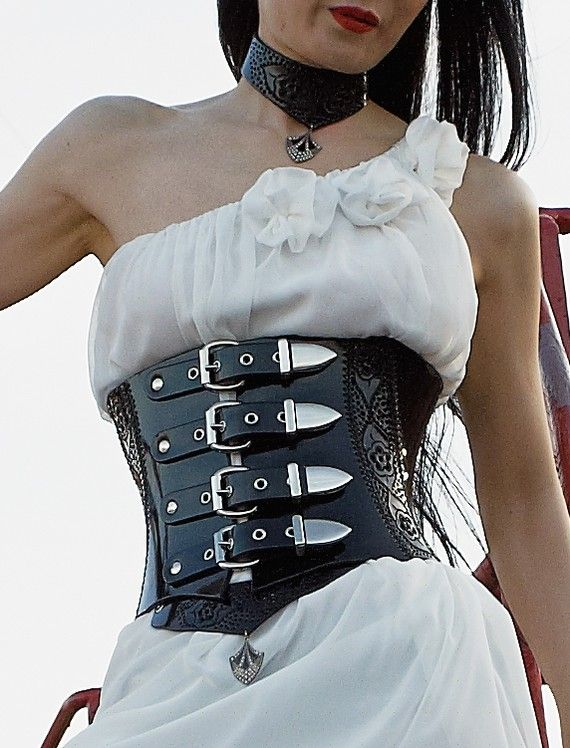 331d34938b  720 patent leather waist clincher with kickass belt straps. This is my  IDEAL leather waist cincher